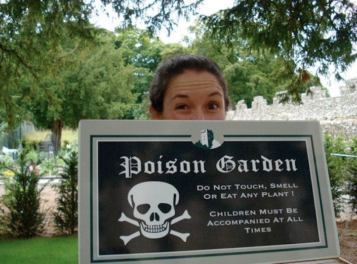Sign: Poison Garden - do not touch, smell, or eat any plant